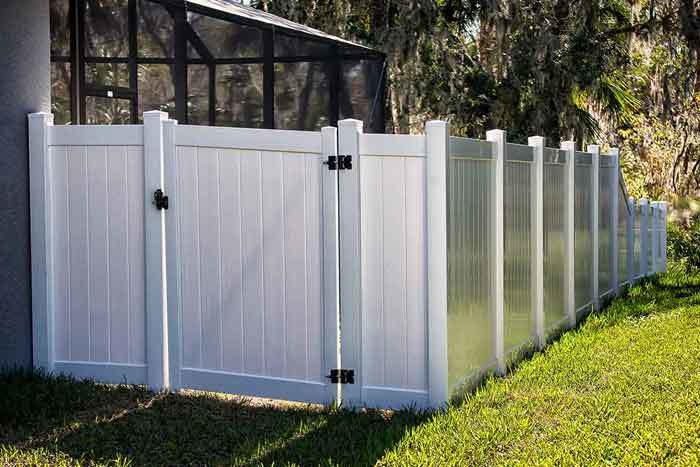 Soundproofing-a-Fence-with-Mass-Loaded-Vinyl