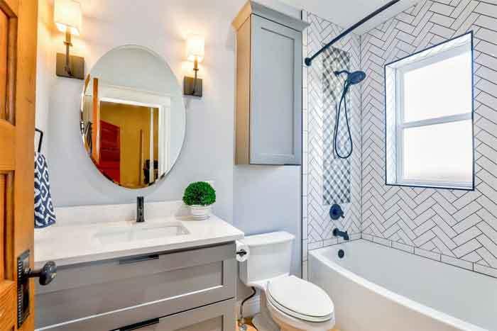 bathroom-noise