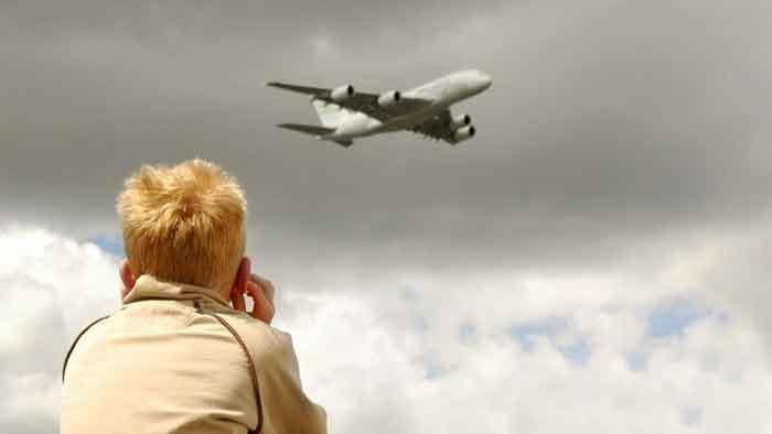 Blocking-Airplane-Noise