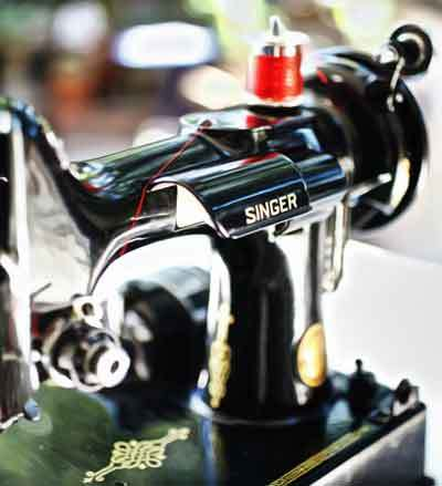 clean-sewing-machine-reduce-noise