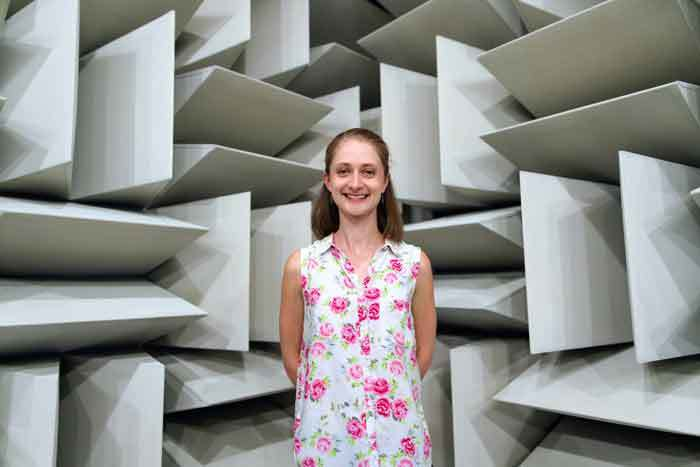 sound-absorbing-acoustic-foam