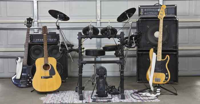 soundproof-garage-for-band-practice